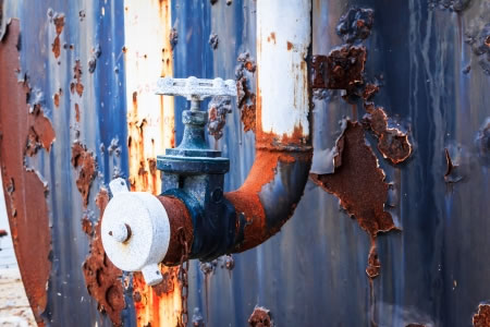 BechtFFS-rusty-tank-valve.jpg