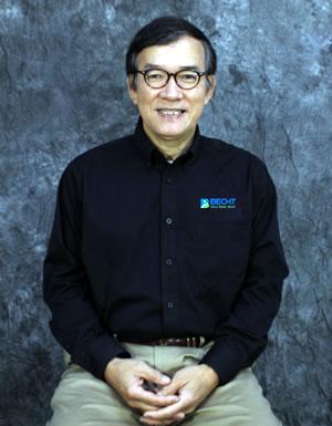 Yaofeng Chen